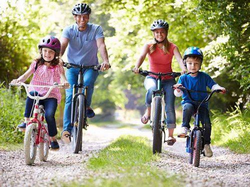 Chọn cỡ xe đạp trẻ em phù hợp với chiều cao độ tuổi của bé như thế nào?
